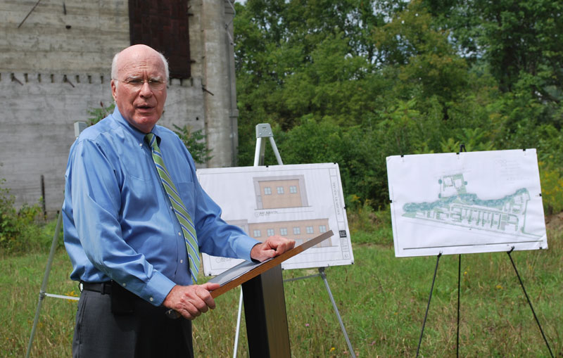 Senator Leahy discusses federal funding he secured for the development of workforce housing in Randolph at the site of the former Ethan Allen plant.