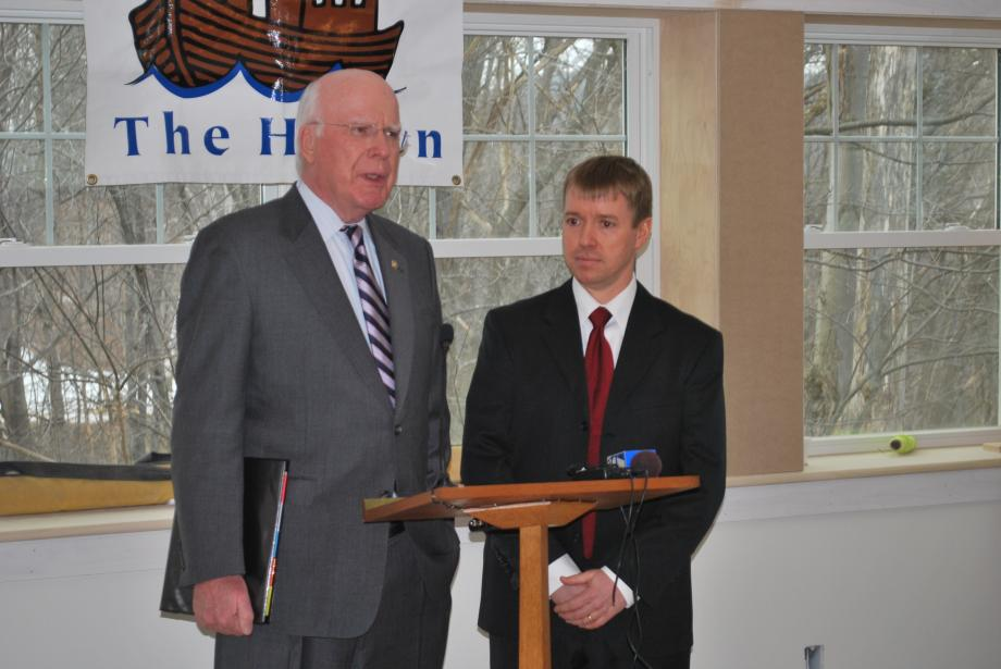 On February 16, Senator Leahy toured the construction site for a new Upper Valley Haven homeless shelter.  The shelter will be a critical link in the Veterans Administration's efforts to provide medical care for homeless veterans.