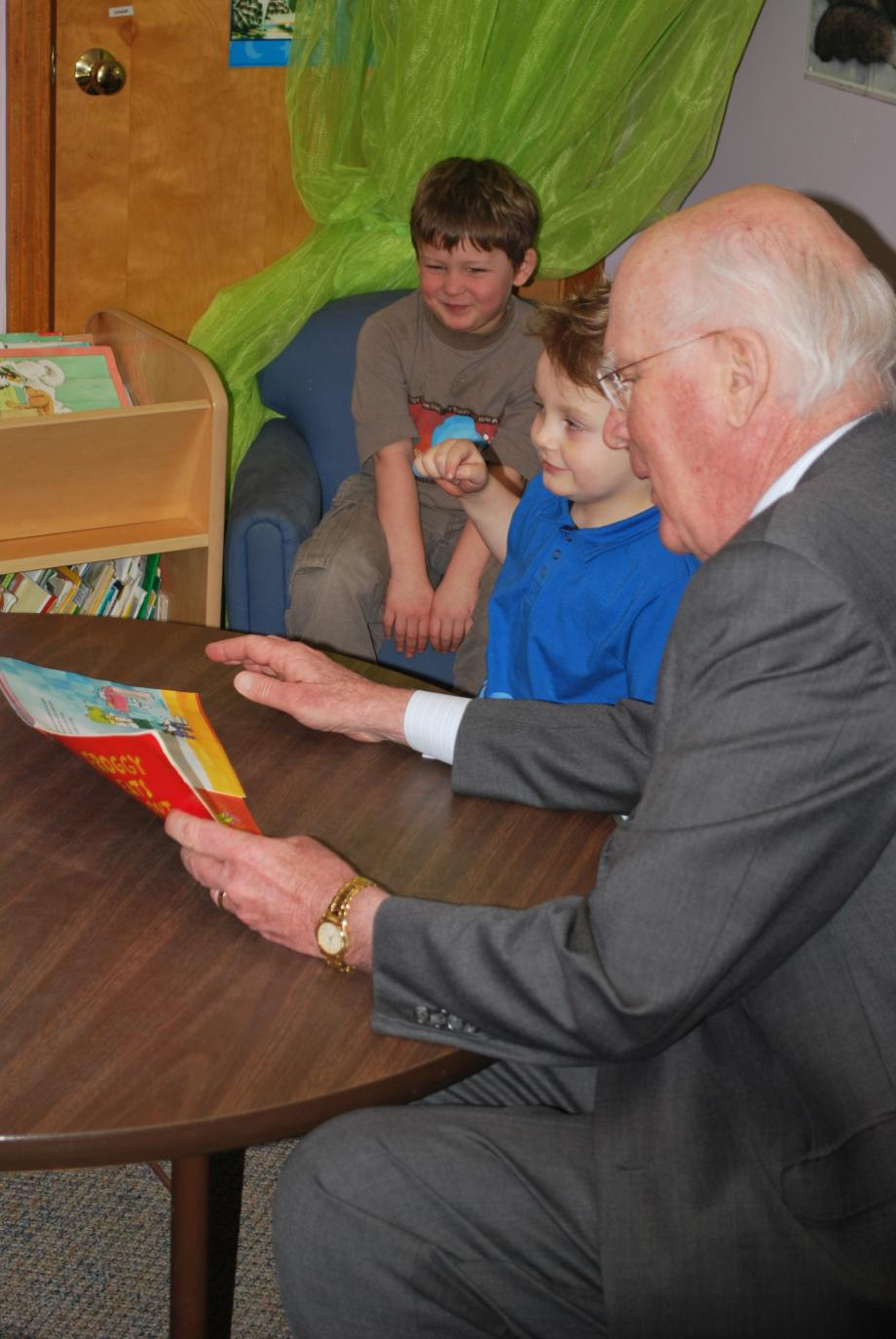 Senator Leahy toured the Springfield Parent Child Center on February 16. Senator Leahy, and his wife Marcelle, spent some time reading with some of the children at the Center.