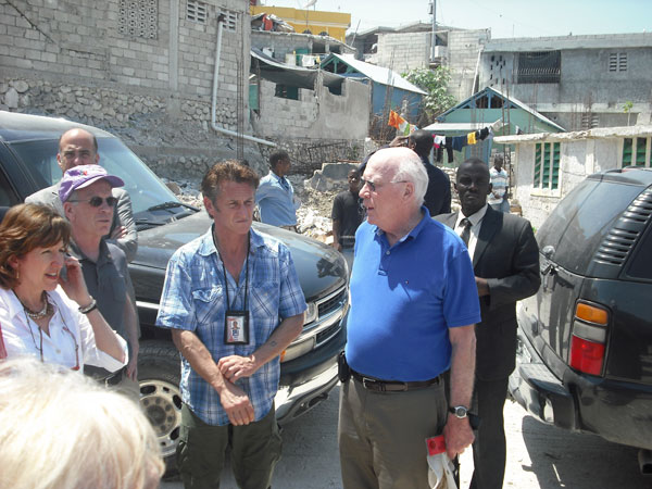 Senator Leahy speaks with Sean Penn, actor and founder of J/P HRO, a relief organization providing support and assistance to victims of the earthquake in Haiti.