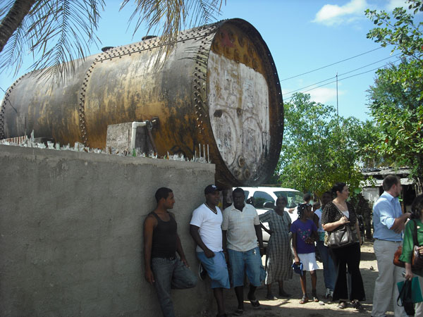 Water infrastructure in the Batey Community in the Dominican Republic. This containment vessel is no longer in use.