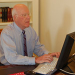 Senator Patrick Leahy chatting with students on-line.